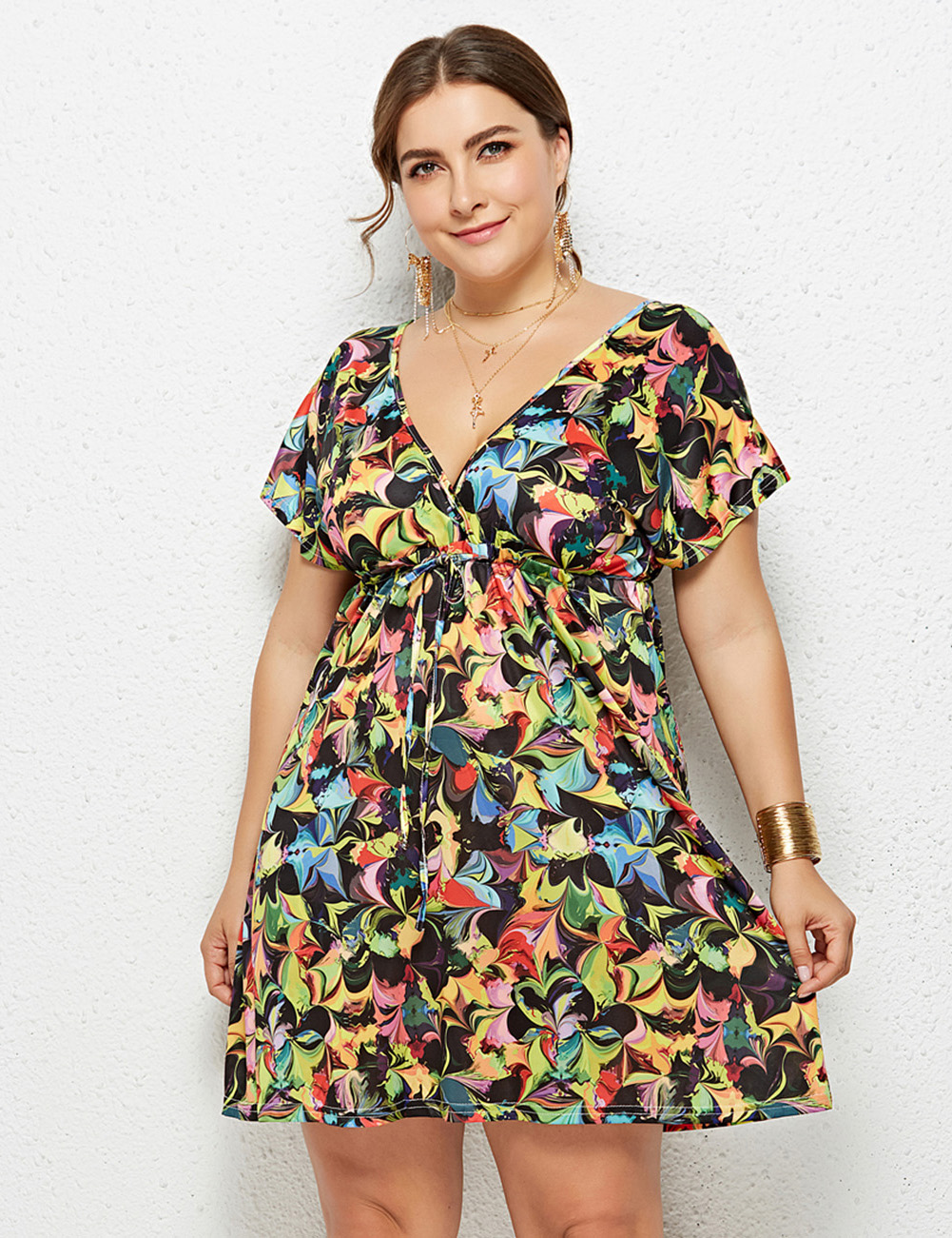 //cdn.affectcloud.com/feelingirldress/upload/goods/2019-02-28/I195066-M07/I195066-M07-5.jpg