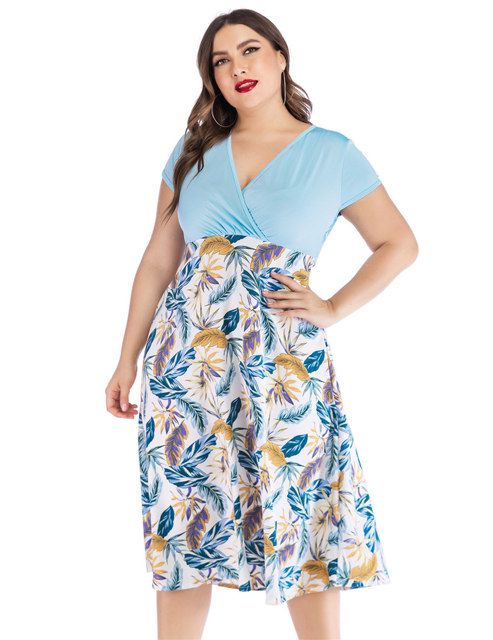 //cdn.affectcloud.com/feelingirldress/upload/imgs/2019-04-30/I195300-BU3/I195300-BU3.jpg