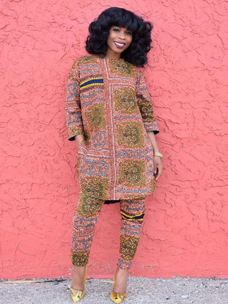 //cdn.affectcloud.com/feelingirldress/upload/imgs/Women_Clothing/African_Dashiki/VZ200363-M04/VZ200363-M04-202008045f29020243458.jpg