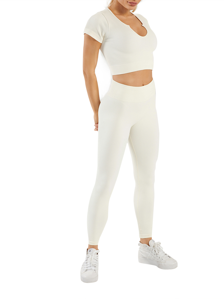 //cdn.affectcloud.com/feelingirldress/upload/imgs/activewear/Sweat_Suits/YD210308-WH2/YD210308-WH2-20210302603dd2cd4de33.jpg