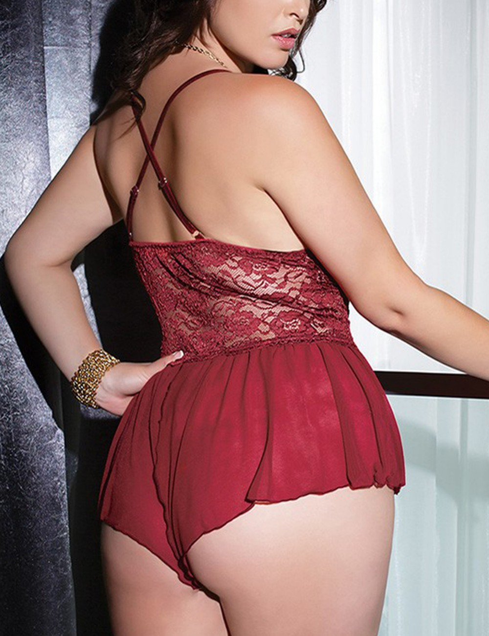 Sophisticated Purplish Red Stitching Mesh Teddy Queen Size Lace