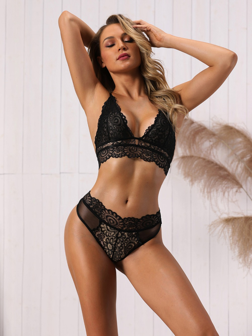 Fancy Black Triangle Cup Plunge Collar Bralette Lace Trendy Style Online