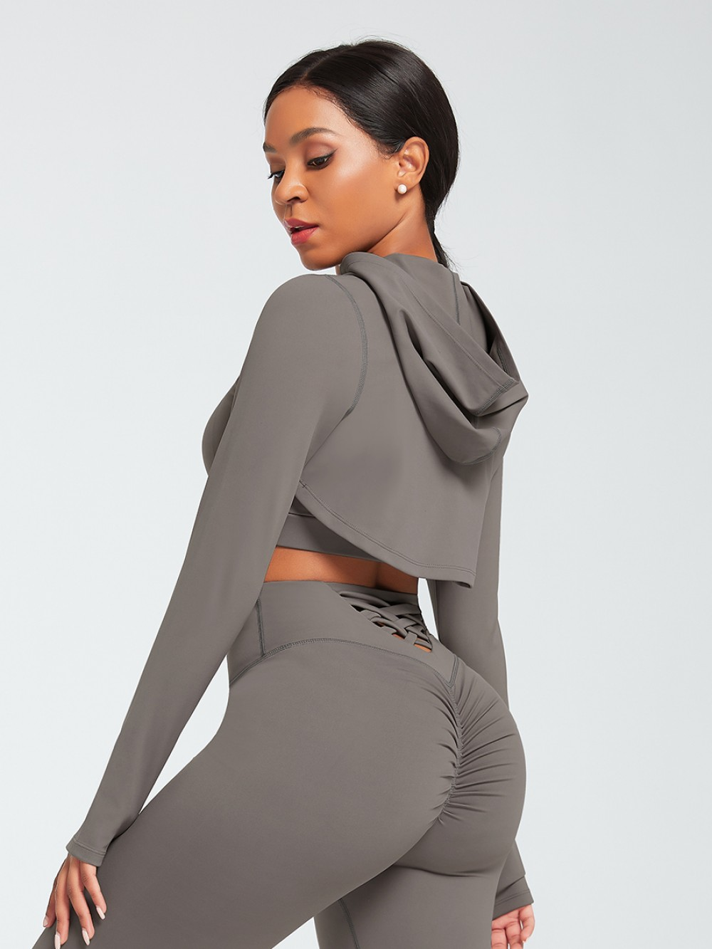 Gray Short Front Sports Top Long Sleeve Elastic Material
