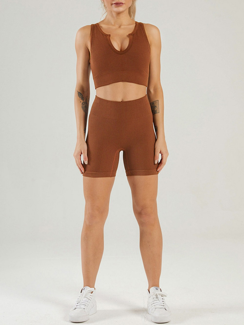 Dark Brown Low Neck Sports Bra And Seamless Shorts Set Stretchy