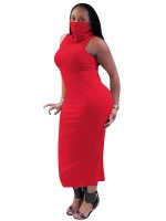 Delightful Garment Red Sleeveless Turtleneck Dress With Mask