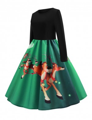 Sweet Green Reindeer Pattern Skater Dress Long-Sleeved Loose Fit