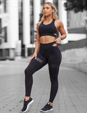 Black Sleeveless Sports Bra And Leggings Cutouts Aerobic Activities