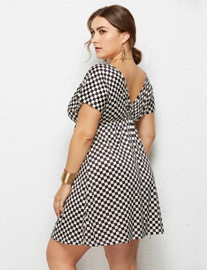 Graceful Big Size V Neck Mini Dress Grid Pattern Fashion Online