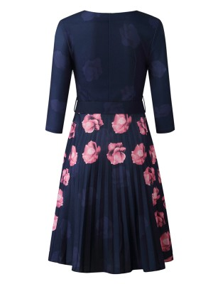 Slinky Purplish Blue Flower Print Midi Dress Round Neck Fashion Forward