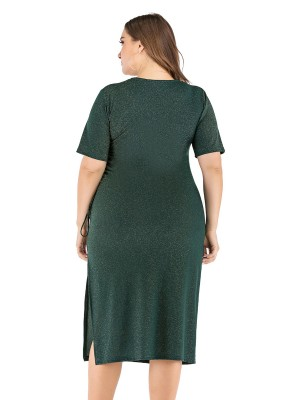 Holiday Green Solid Color Plus Size Dress V-Collar Feminine