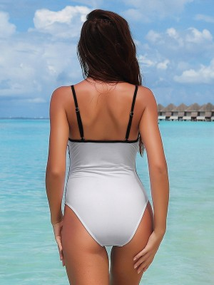 Picturesque White Contrast Color Sling Swimwear High Cut Lady Swimwear