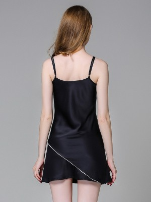 Tantalizing Black Ice Silk V-Collar Sling Sleepwear Inexpensive