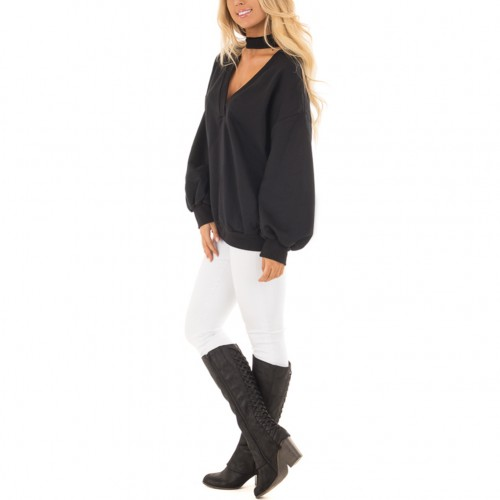Form-Fitting Black Full Sleeve Plunge V Neck Blouse