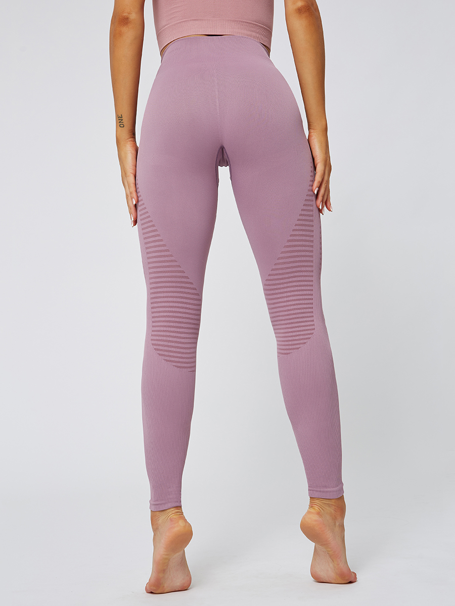 //cdn.affectcloud.com/hexinfashion/upload/imgs/SPORTSWEAR/Yoga_Legging/YD190252-PK1/YD190252-PK1-202001085e15ab1aea390.jpg
