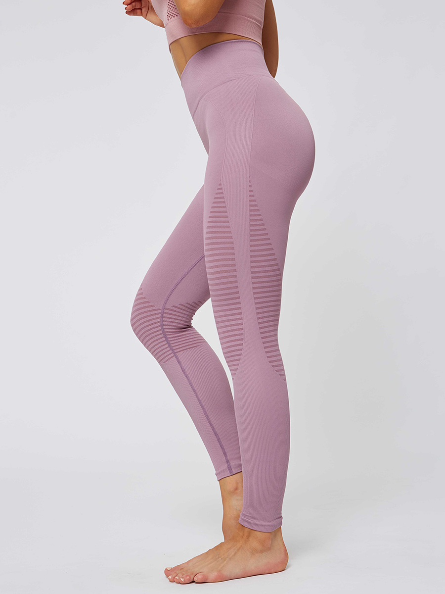 //cdn.affectcloud.com/hexinfashion/upload/imgs/SPORTSWEAR/Yoga_Legging/YD190252-PK1/YD190252-PK1-202001085e15ab1aef142.jpg