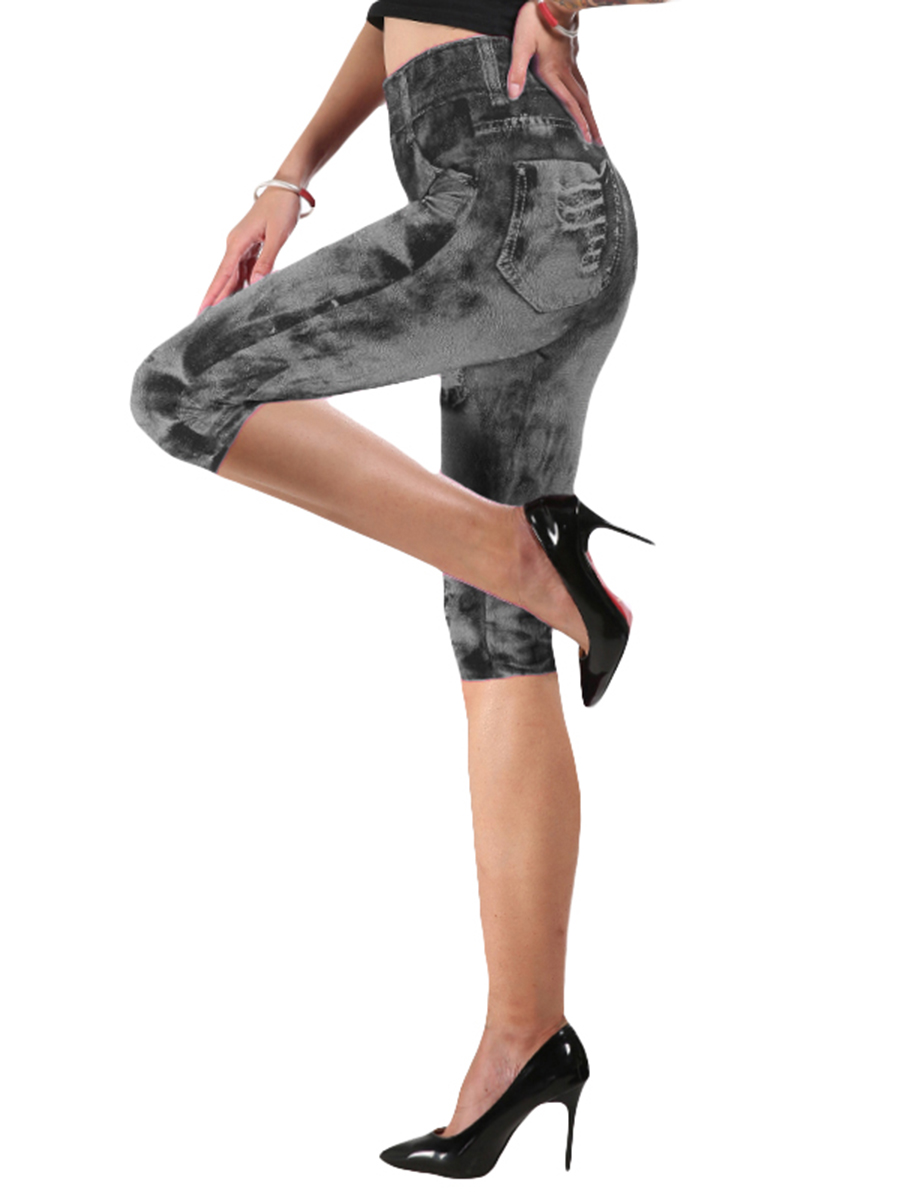 //cdn.affectcloud.com/hexinfashion/upload/imgs/TOPS_PANTS/Printed_Leggings/VZ194470-GY3/VZ194470-GY3-202001035e0f0211b9039.jpg