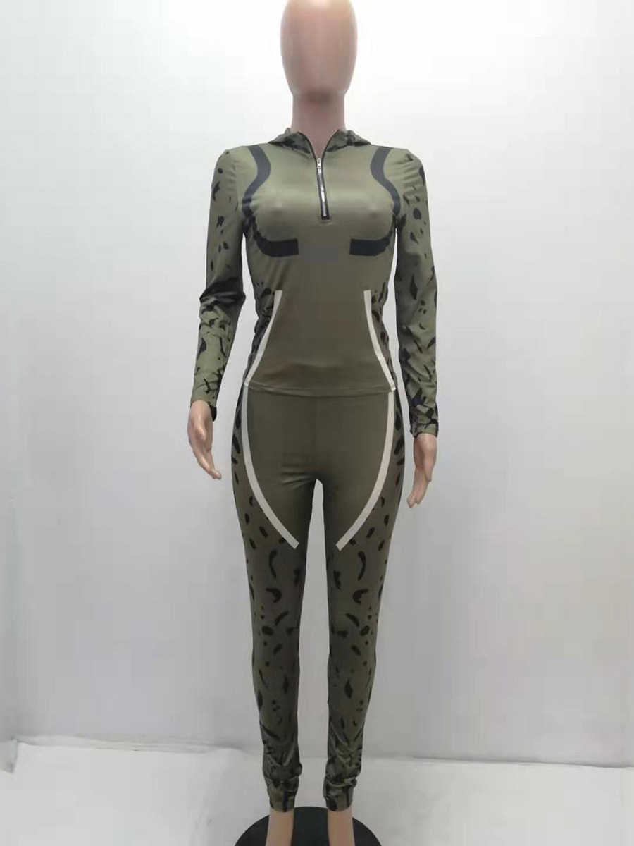 //cdn.affectcloud.com/hexinfashion/upload/imgs/TOPS_PANTS/Women's_Suits/VZ200534-GN4/VZ200534-GN4-202010285f991e28251f1.jpg