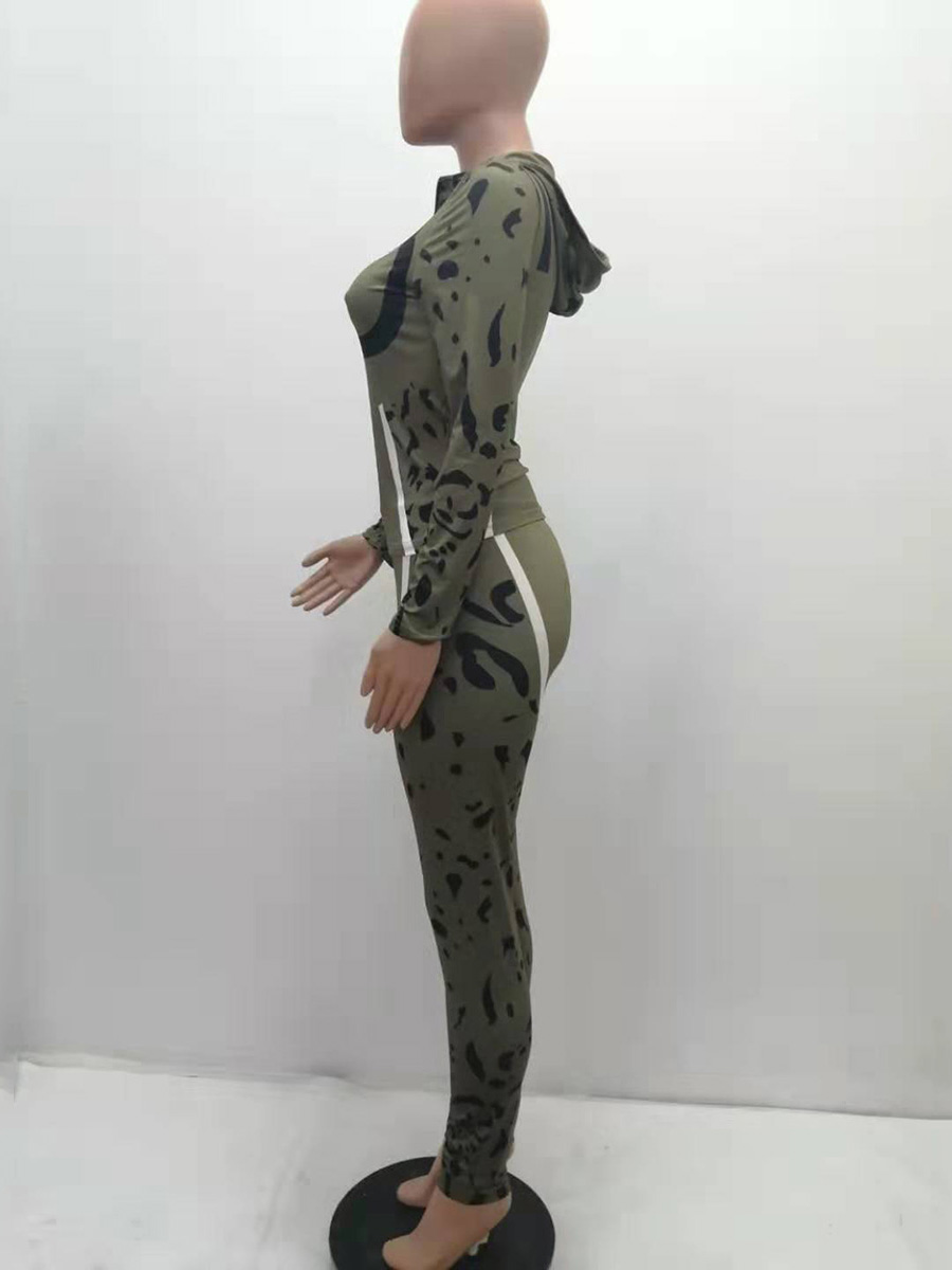 //cdn.affectcloud.com/hexinfashion/upload/imgs/TOPS_PANTS/Women's_Suits/VZ200534-GN4/VZ200534-GN4-202010285f991e282cde9.jpg