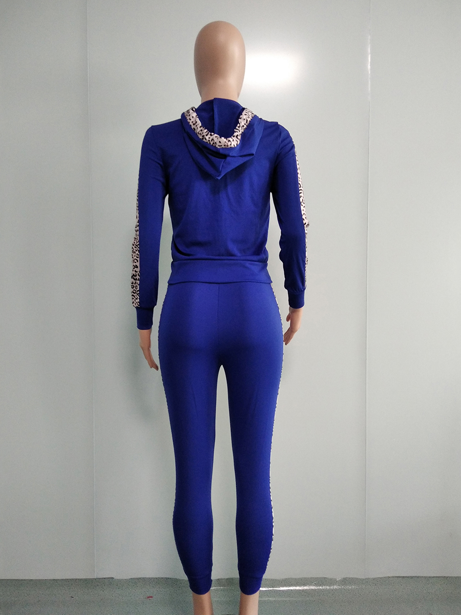 //cdn.affectcloud.com/hexinfashion/upload/imgs/TOPS_PANTS/Women's_Suits/VZ200554-BU1/VZ200554-BU1-202011075fa60133cacb7.jpg