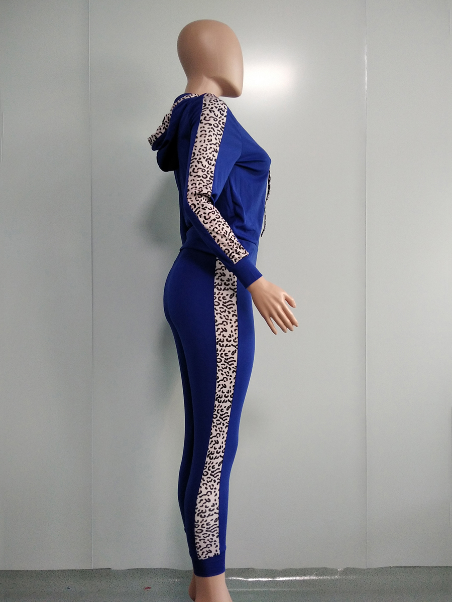 //cdn.affectcloud.com/hexinfashion/upload/imgs/TOPS_PANTS/Women's_Suits/VZ200554-BU1/VZ200554-BU1-202011075fa60133d4deb.jpg