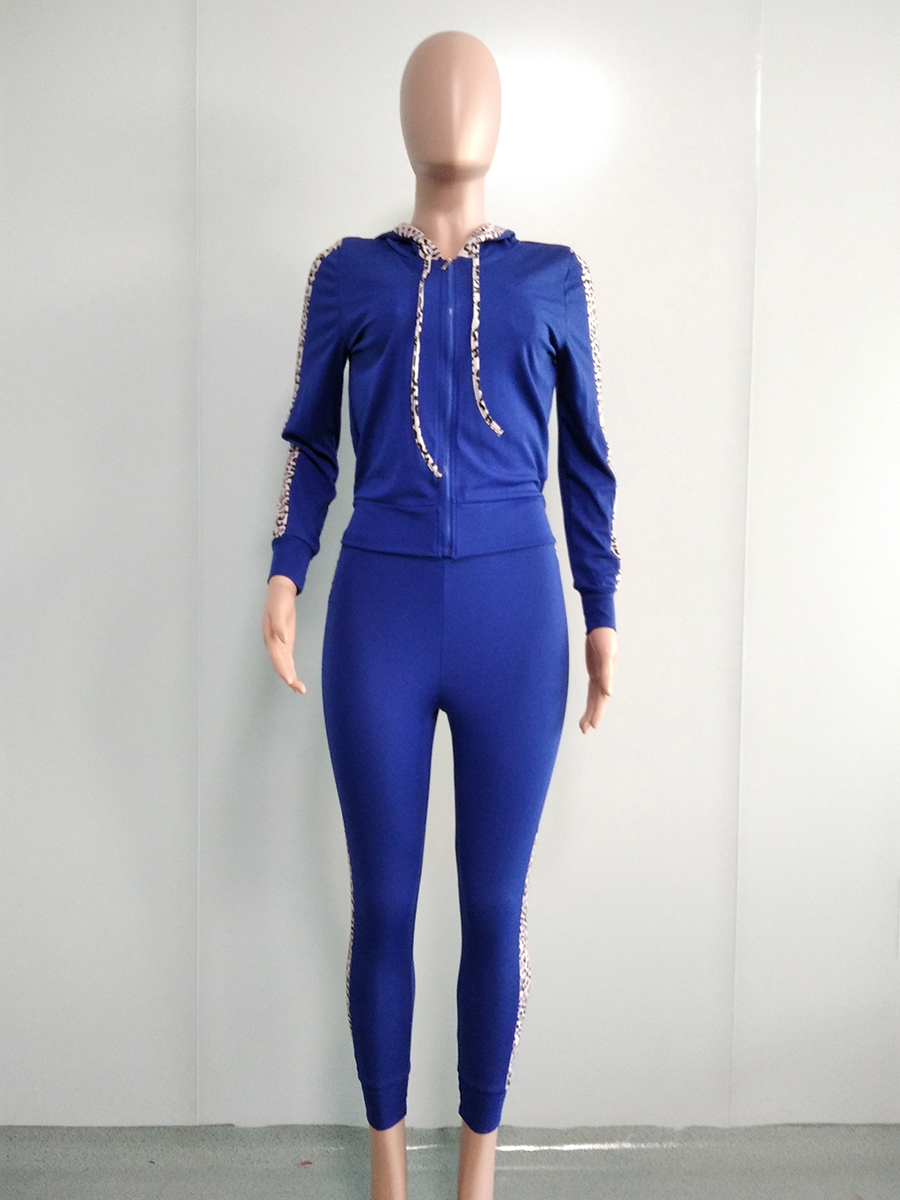 //cdn.affectcloud.com/hexinfashion/upload/imgs/TOPS_PANTS/Women's_Suits/VZ200554-BU1/VZ200554-BU1-202011075fa60133db1f5.jpg