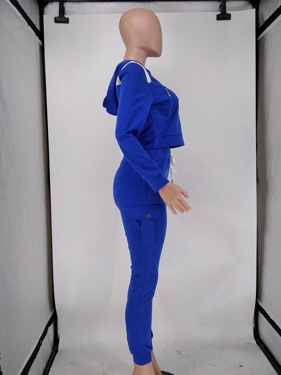 //cdn.affectcloud.com/hexinfashion/upload/imgs/TOPS_PANTS/Women's_Suits/VZ200555-BU1/VZ200555-BU1-202011075fa601352e9a4.jpg