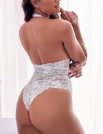 Bedtime White Backless Open Hip Large Size Scallop Teddy Romance