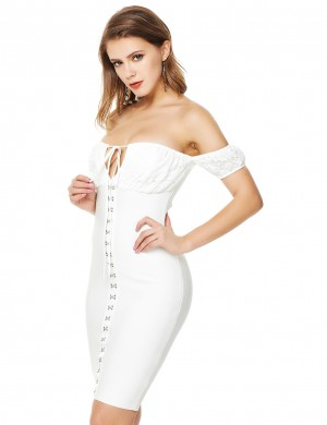 Well-Suited White Zip Halter Bandage Dress Lace Patchwork Hook