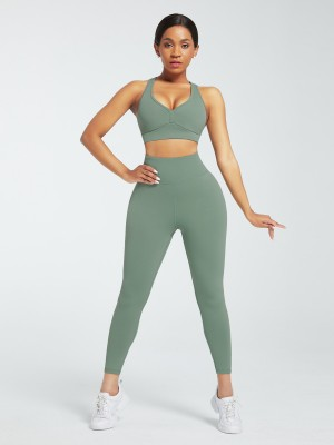 Green Deep-V Ankle Length Gym Leggings And Top Set Absorbs Moisture
