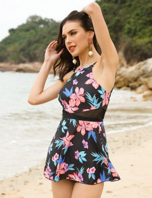 Exquisitely Large Size Flower Print Beach Dress Snap Stunning Style
