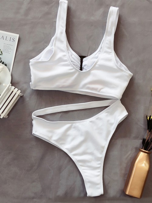 Dazzling White Straps Bikini Hollow Out Scoop Neck Womens