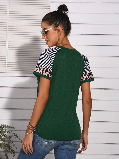 Alluring Green Leopard Pocket T-Shirt Round Collar Fashion