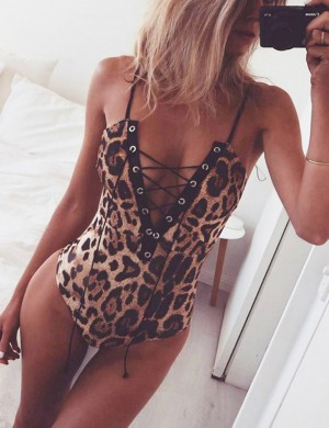 Leisure Leopard Slender Strap Lace Up Bodysuit Fashion Tee