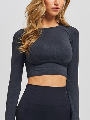 Tailored Black Athletic Top Full Sleeve Solid Color Eye Catcher