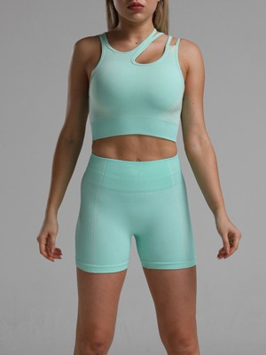 Captivating Green Seamless Cropped Athletic Suit Cut Out Comfort