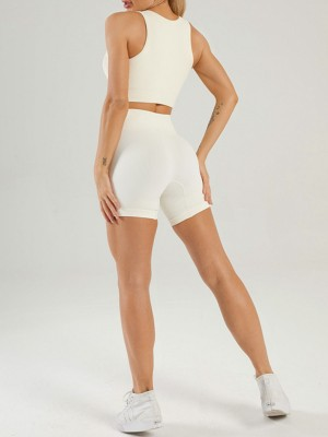 Creamy-White Seamless Yoga Bra Low Neck And Shorts Suit For Workout