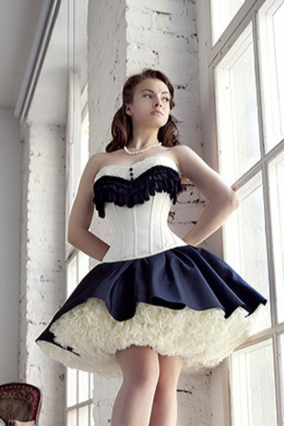 //cdn.affectcloud.com/lover-beauty/upload/goods/4-Corset/overbust/LB4357.jpg