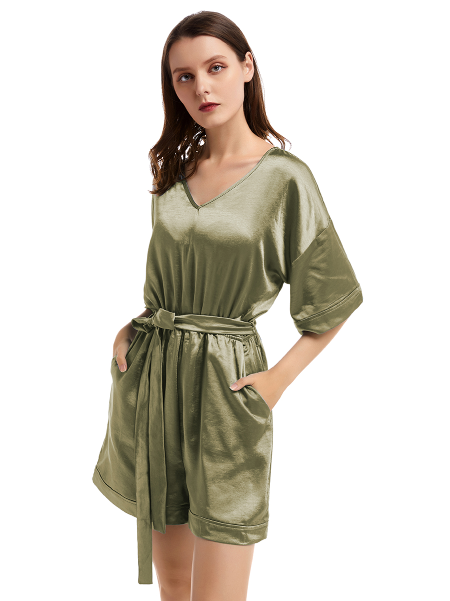//cdn.affectcloud.com/lover-beauty/upload/imgs/Dresses/Jumpsuit_Romper/VZ193526-GN4/VZ193526-GN4-202001135e1c25d0adcfb.jpg