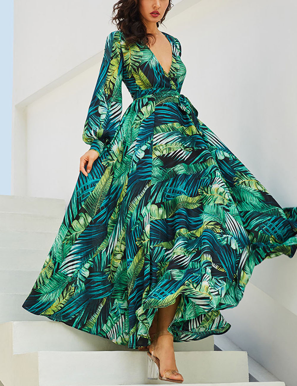 //cdn.affectcloud.com/lover-beauty/upload/imgs/Dresses/Maxi_Dress/VZ191222-GN1/VZ191222-GN1-201909205d84432549aa2.jpg