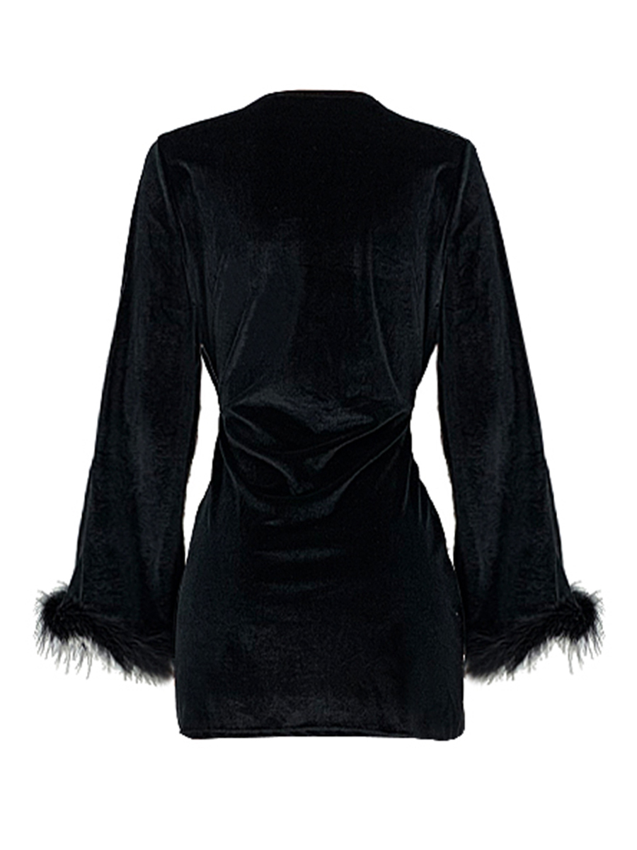 //cdn.affectcloud.com/lover-beauty/upload/imgs/Dresses/Mini_Dress/VZ200545-BK1/VZ200545-BK1-202011025f9fbb4504b98.jpg