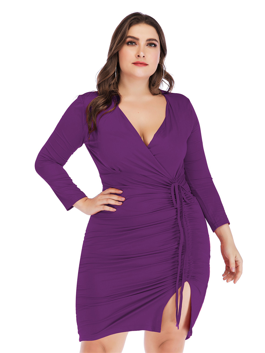 //cdn.affectcloud.com/lover-beauty/upload/imgs/Plus_Size/Plus_Size_Dresses/VZ192037-PL2/VZ192037-PL2-201910075d9b1440739e2.jpg