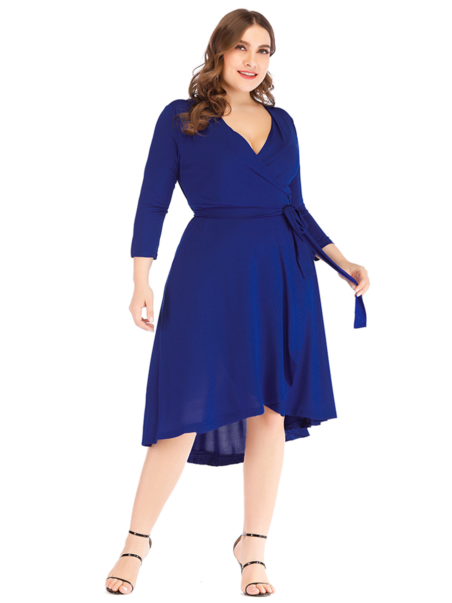 //cdn.affectcloud.com/lover-beauty/upload/imgs/Plus_Size/Plus_Size_Dresses/VZ194224-BU5/VZ194224-BU5-202001215e265f39459c7.jpg