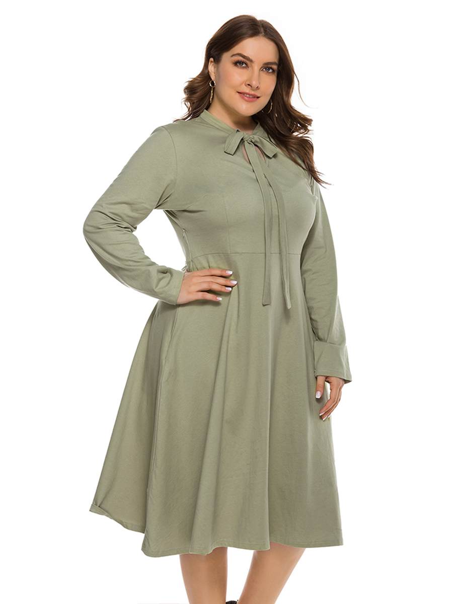 //cdn.affectcloud.com/lover-beauty/upload/imgs/Plus_Size/Plus_Size_Dresses/VZ204628-GN1/VZ204628-GN1-202003035e5dc93103b07.jpg