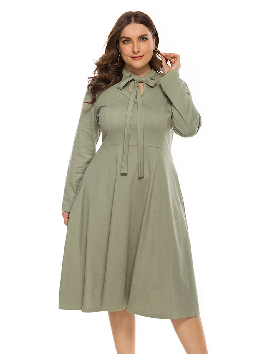 //cdn.affectcloud.com/lover-beauty/upload/imgs/Plus_Size/Plus_Size_Dresses/VZ204628-GN1/VZ204628-GN1-202003035e5dc931074bf.jpg