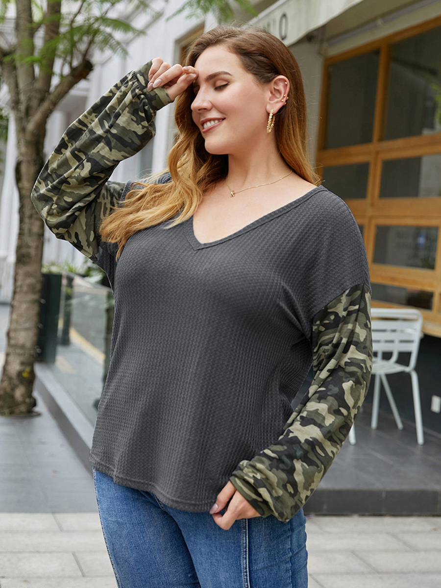 //cdn.affectcloud.com/lover-beauty/upload/imgs/Plus_Size/Plus_Size_Tops/VZ200342-GY2/VZ200342-GY2-202007135f0c29c655130.jpg