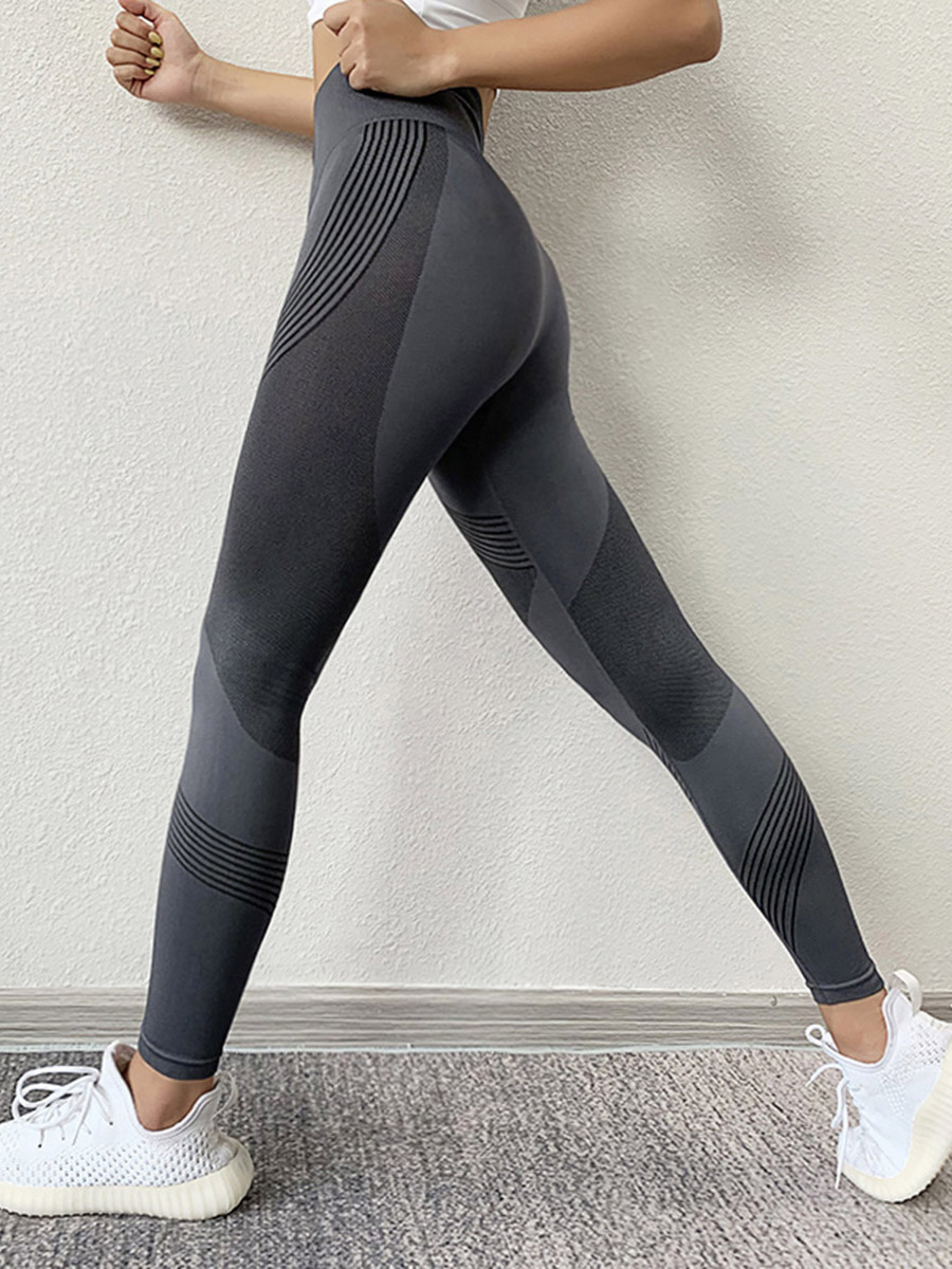 //cdn.affectcloud.com/lover-beauty/upload/imgs/Sportswear/Yoga_Legging/YD190170-GY2/YD190170-GY2-201910165da666cd11c7e.jpg
