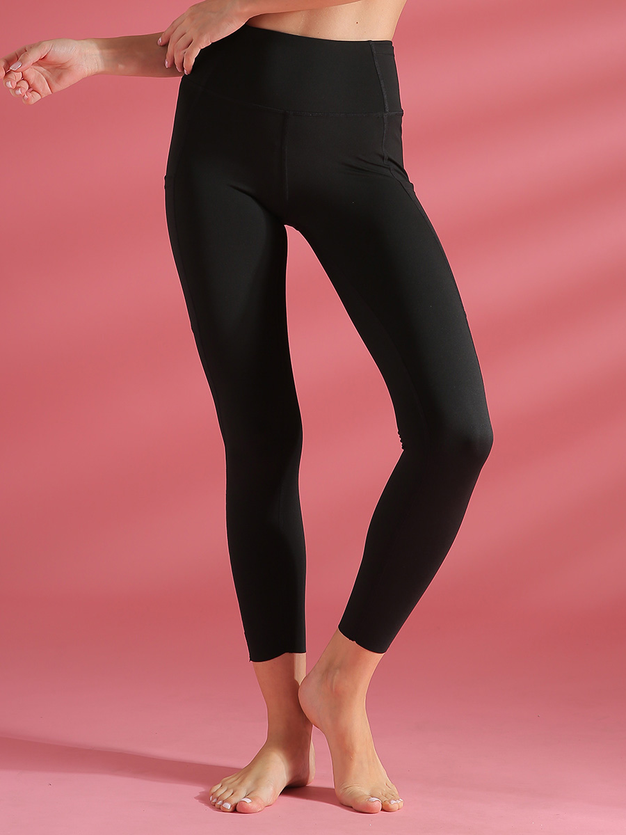 //cdn.affectcloud.com/lover-beauty/upload/imgs/Sportswear/Yoga_Legging/YD190205-BK1/YD190205-BK1-201911215dd5ead055f2a.jpg