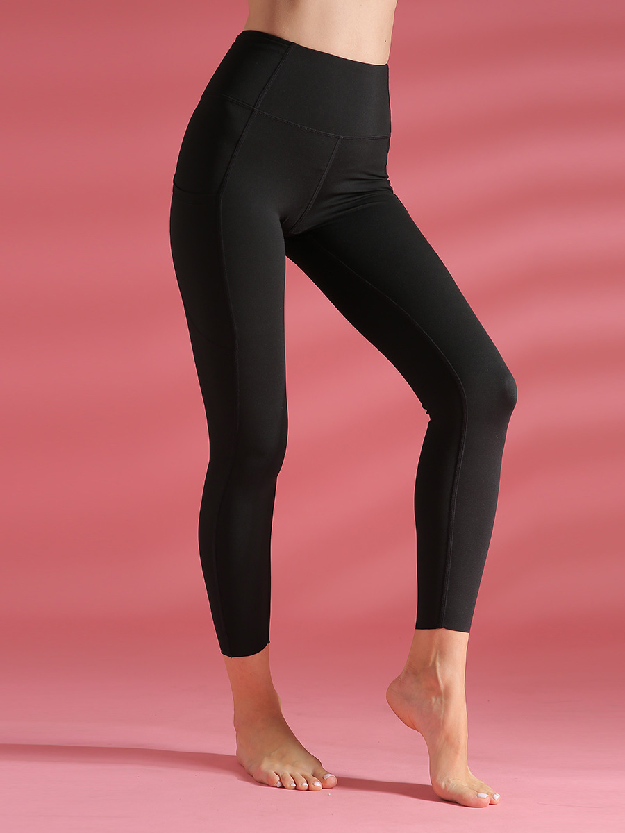 //cdn.affectcloud.com/lover-beauty/upload/imgs/Sportswear/Yoga_Legging/YD190205-BK1/YD190205-BK1-201911215dd5ead0585d8.jpg