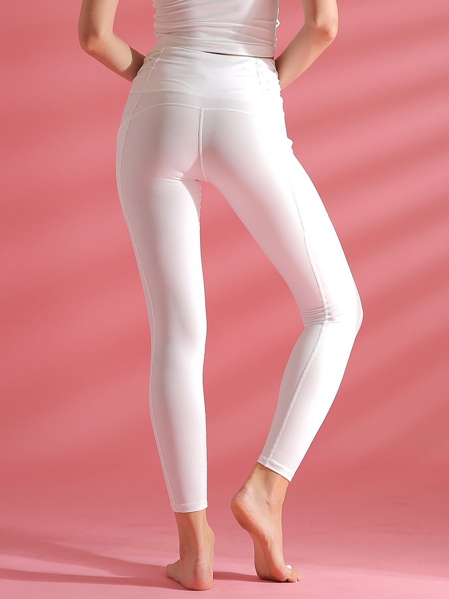 //cdn.affectcloud.com/lover-beauty/upload/imgs/Sportswear/Yoga_Legging/YD190226-WH1/YD190226-WH1-201912035de5f957b4c90.jpg