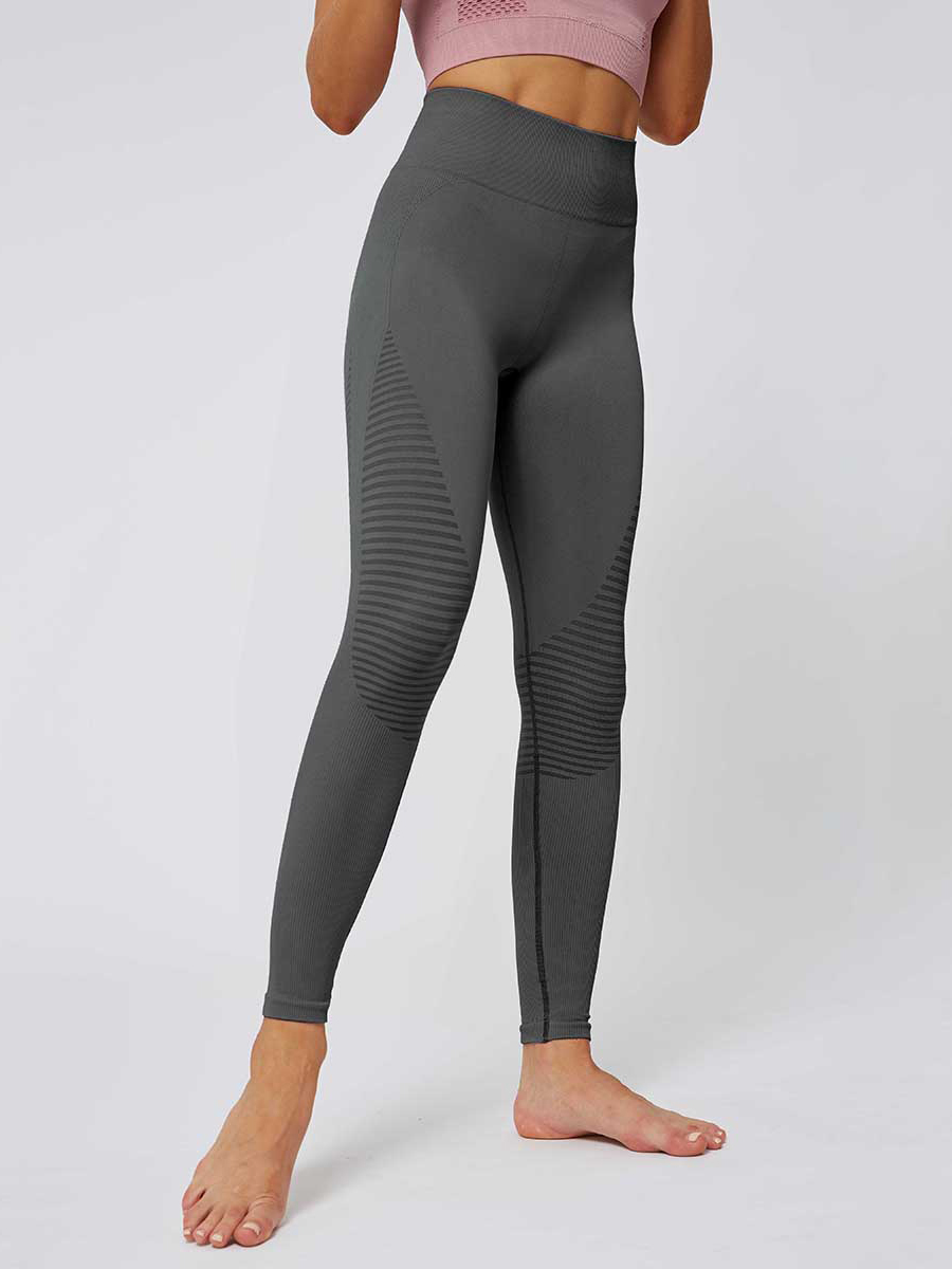 //cdn.affectcloud.com/lover-beauty/upload/imgs/Sportswear/Yoga_Legging/YD190252-GY1/YD190252-GY1-202001085e15a07bb92a7.jpg